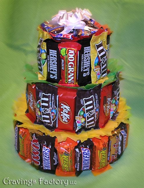 Candy Birthday Cakes You could make this with mini candy bars and it would be a great little party favor