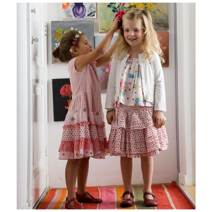 It does not get any sweeter than these 2 girls in their Room Seven from Olly Seven