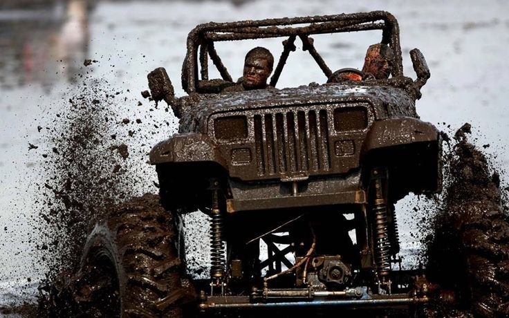 @Sarah Chintomby Brown  we gonna go muddin in ur jeep like this this summer????