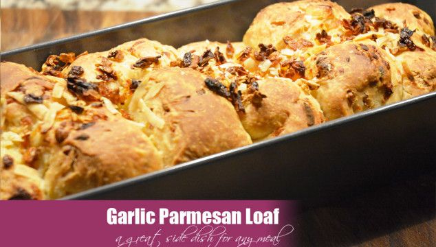 Yummy Garlic Parmesan Bread via Cheesepleaze.com