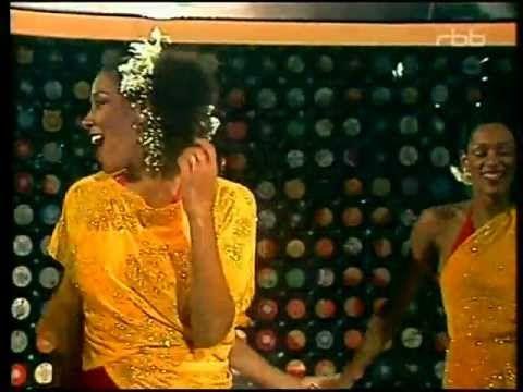 Sister Sledge.  Lost in Music.  1979.  Debbie - Kathy - Kim - Joni