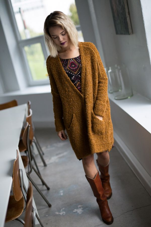 Free People Bouclè Cardi Cozy up in this super slouchy knit cardigan with large front snap button closures. Side pocket details. #cardigan #knit # Freepeople #style #outfit #bohemian