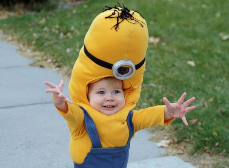 minions coustume  | Running With Scissors: Gru and Minion Halloween Costume