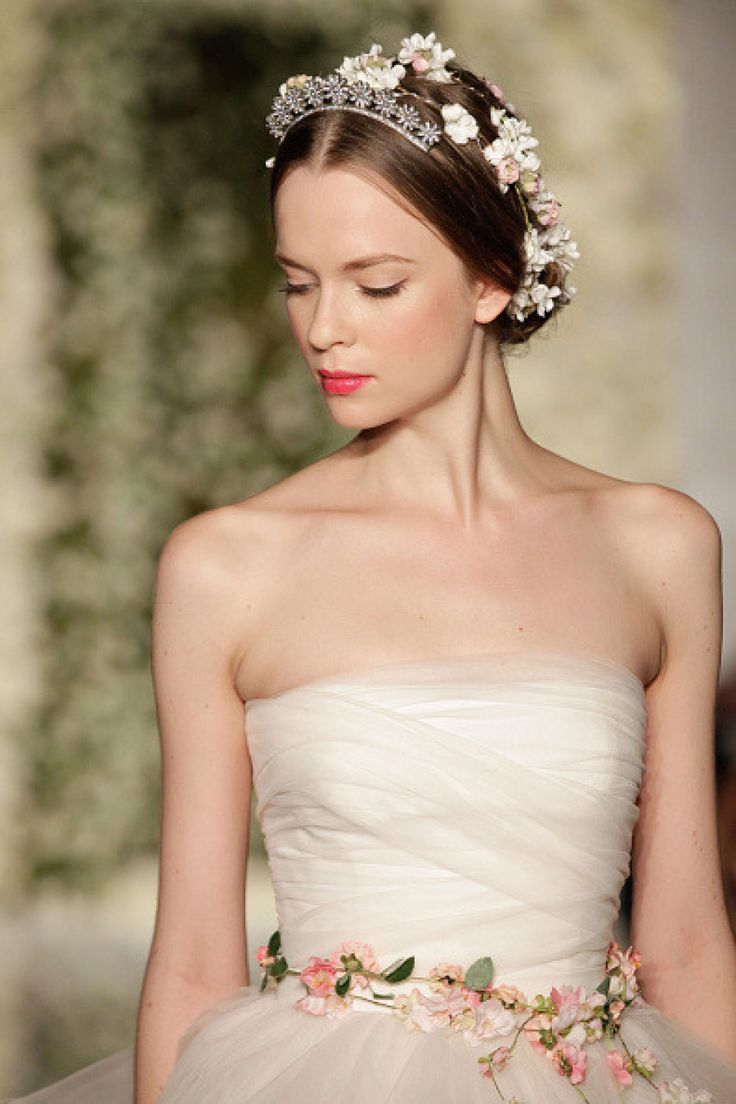 Reem Acra Bridal Market: http://www.stylemepretty.com/2015/04/09/a-look-back-at-the-best-from-bridal-week/