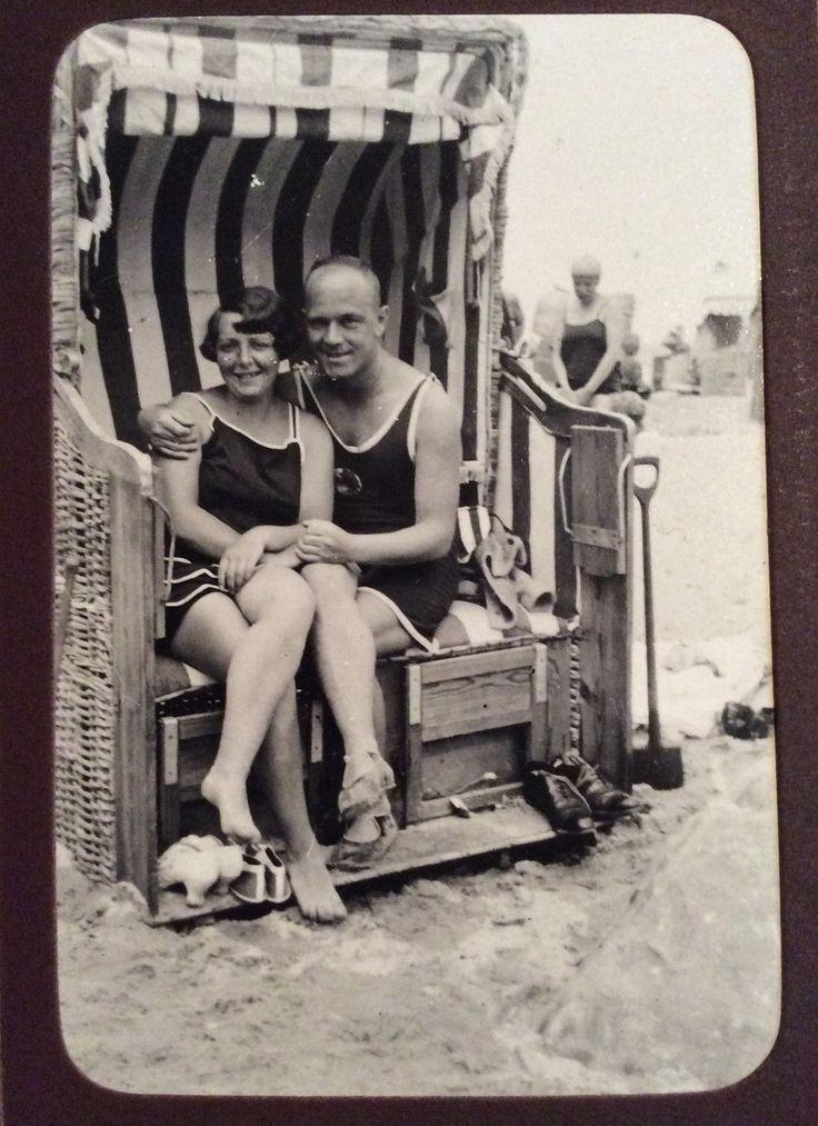 Im Strandkorb, Ostsee,, 1927   Ostsee, Strandkorb, Strand