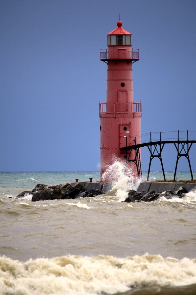 Algoma Pierhead Lighthouse, Lake Michigan, Wisconsin