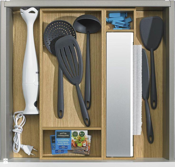 szuflada do przechowywania w kuchni