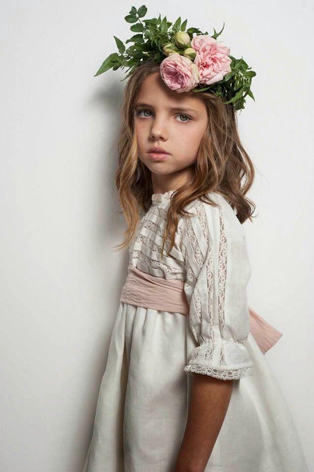 Precioso vestidos para los pajes o niños de arras #bodas