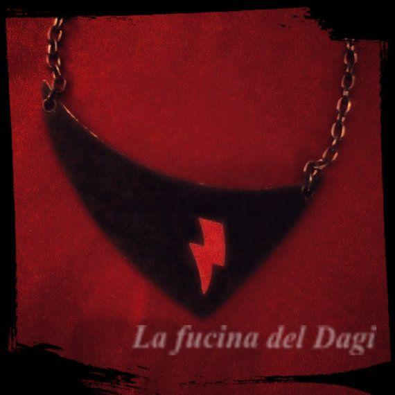 Collana artigianale  in metallo con pelle e di LaFucinaDelDagi