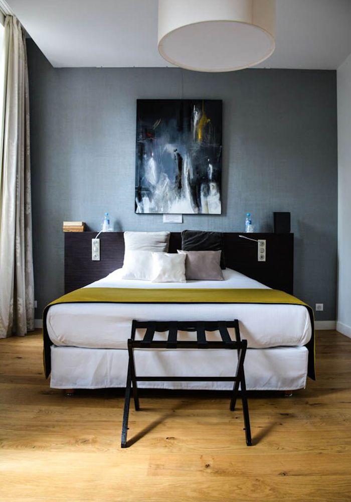 Porcelanosa, groupe espagnol leader dans son activité, introduit l'hôtel du domaine de Montjoie habillé de ses collections de revêtements. #design  #hotel
