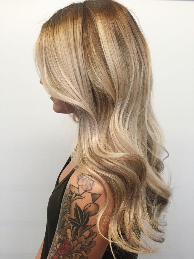 Natural neutral blonde  IG: @lizismystylist