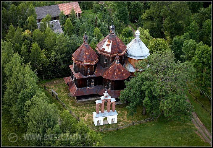 Cerkiew w Bystrem k/Czarnej z lotu ptaka