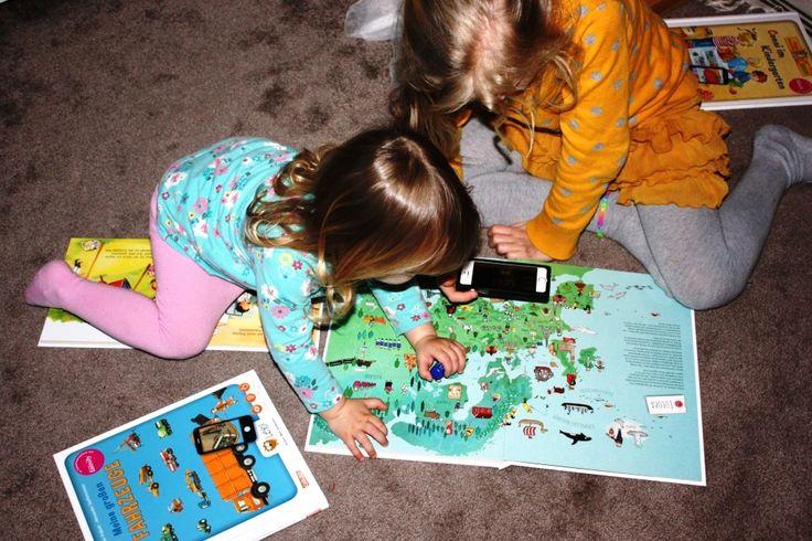 Spielzeuge bekommen durch Apps mittlerweile tolle, zusätzliche Funktionen. Wie zum Beispiel bei den #Leyo Büchern