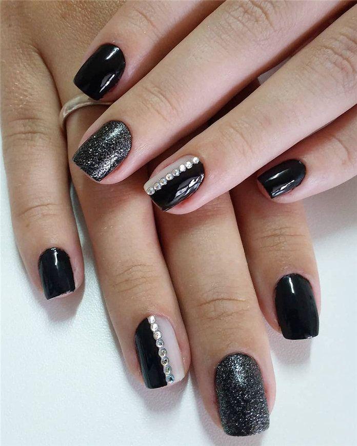 Trendy Black Nails Designs Inspirations 2019 Blacknails Blacknaildesigns Nailsdesigns Black Nail Designs Nail Design Inspiration Nail Designs