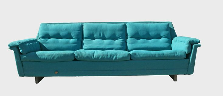 Best 20 turquoise cushions ideas on pinterest turquoise dining room beach style decorative - Turquoise sofa ...