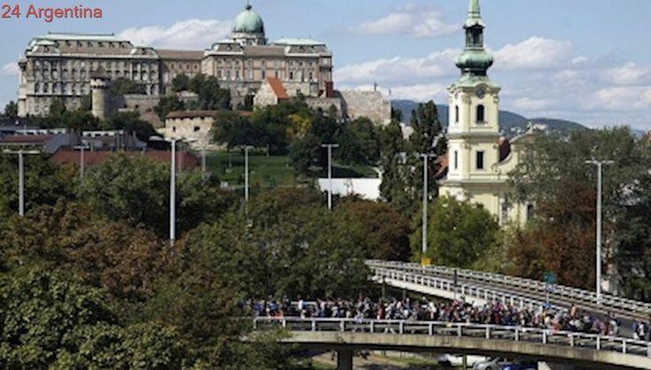 """El gobierno hungaro prolongó por seis meses el estado de crisis por """"inmigración masiva"""""""