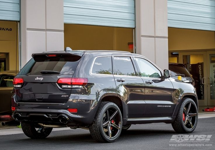 "2013 Jeep Grand Cherokee SRT-8 with 22"" Lexani R-4 (Four) in Black Milled (Concave Series) wheels 