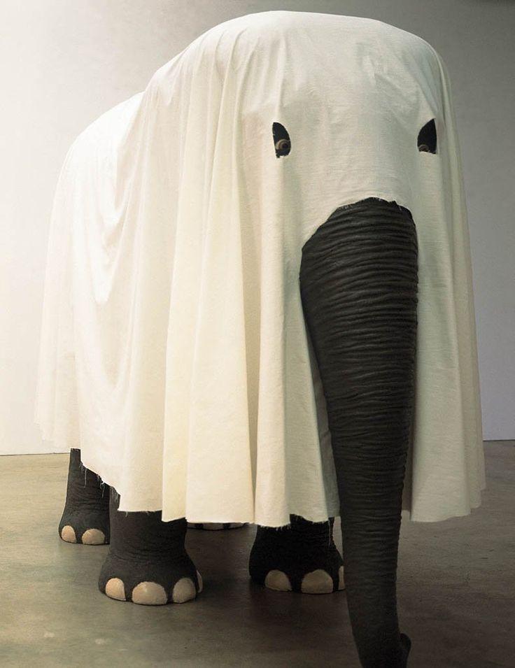"ArtG035. Maurizio Cattelan - ""Not Afraid of Love"" / 2000 / Polystyrene, resin, paint and fabric, (205.7 x 312.4 x 137.2 cm)"