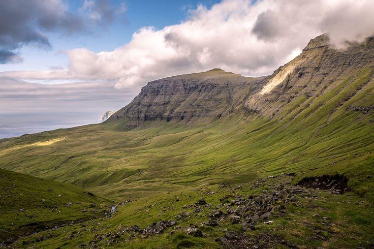 [13] Faroe Islands 2016 - Three sheep by Alexander Friedrich on 500px