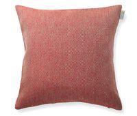 Pillowcase Rutig Strandråg 100% linen. 50x50cm. Available at the webshop. www.vaxbolin.se