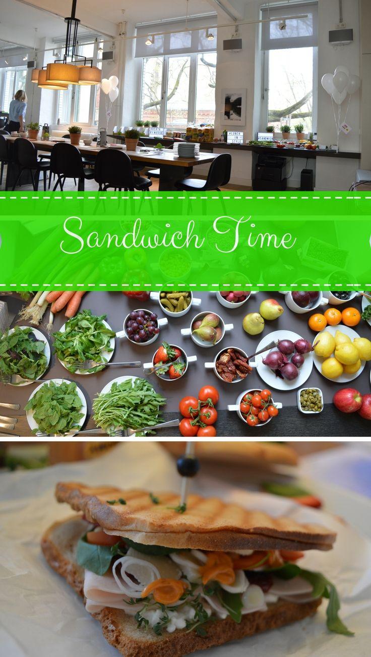 Mein leckeres Sandwich Rezept mit Herta Finesse, Erdbeeren, Parmesan, Tomaten, Minze, Basilikum, Thomy - mehr Info auf meinem Blog.  Golden Toast