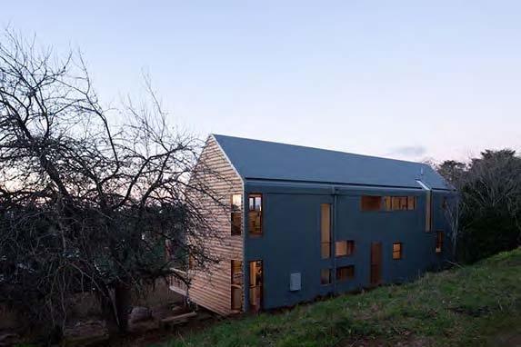 Wombat Barn, Wombat Street, Dayelsford, by Grant Amon Architects