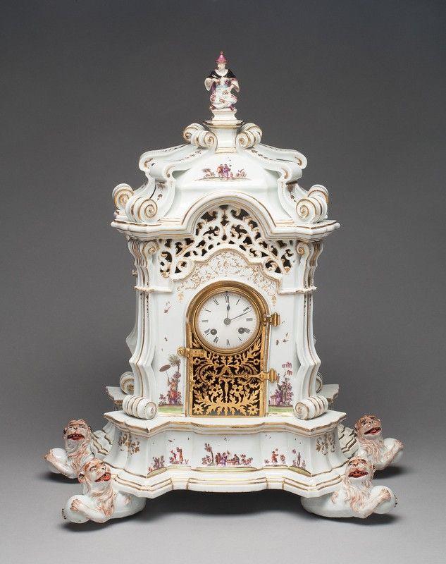 Reloj de Porcelana de Meissen  alemán, fundado 1710 modelado por George Fritzsche (alemán, 1681-1709) pintado de la manera de Johann Gregor Höroldt (alemán, 1720-56 activo; 1763-65)