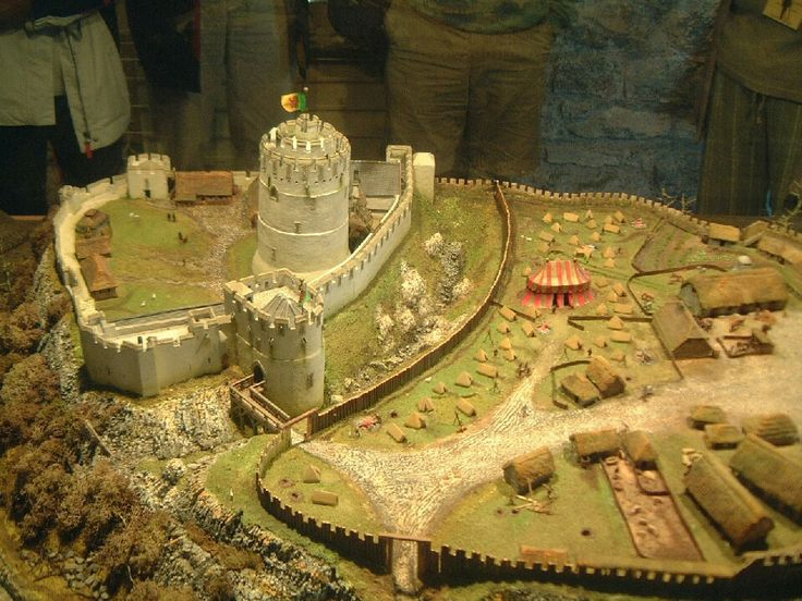 Model of late 12th/early 13th century Pembroke castle and town
