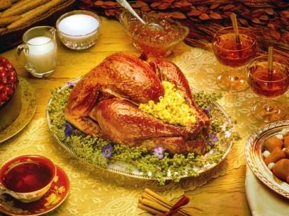 Thanksgiving Day 2012 - Come ogni quarto giovedì del mese di novembre, si celebra negli Stati Uniti il Giorno del Ringraziamento, il Thanksgiving Day. Menù classico: tacchino, pumpkin pie (torta di zucca) e salsa di mirtilli rossi come condimento.