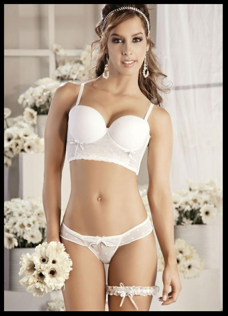 Conjunto sexy Lingerie Ref. 288 | V Sexy Gifts Store CORPIÑO COPA STRAPPLE EN LYCRA, BLONDA Y ENCAJE; BRASILERA DOS PIEZAS BLANCO, NEGRO/AZUL, NEGRO/ROJO 32B - 34B - 36B $41.000 Y LO CONSIGUES EN http://tiendav2012.wix.com/tiendav