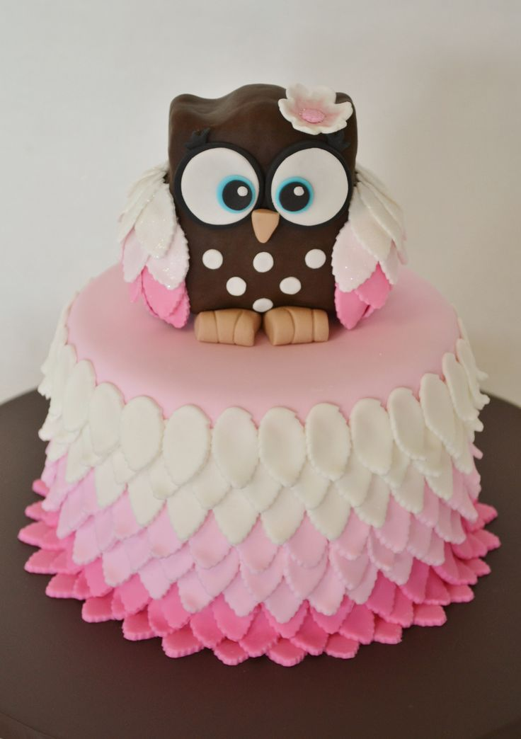 Owl cake - topper sculpted from RCT covered in fondant. Fondant covered cake