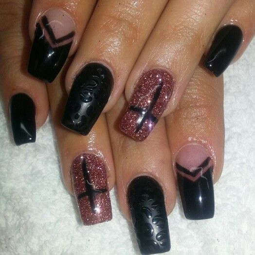 Squareletto acrylic nails with matte black vfrench and cheetahs print.  Rosegold glitter and crosses. Instagram: @boop711