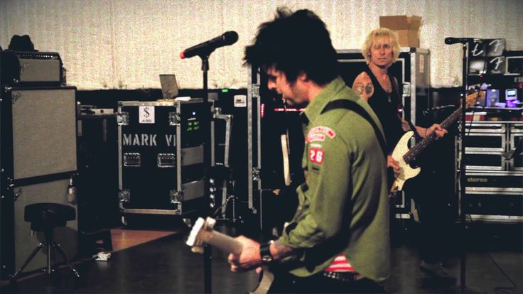 """Green Day: """"Nuclear Family"""" - [Official Video]"""