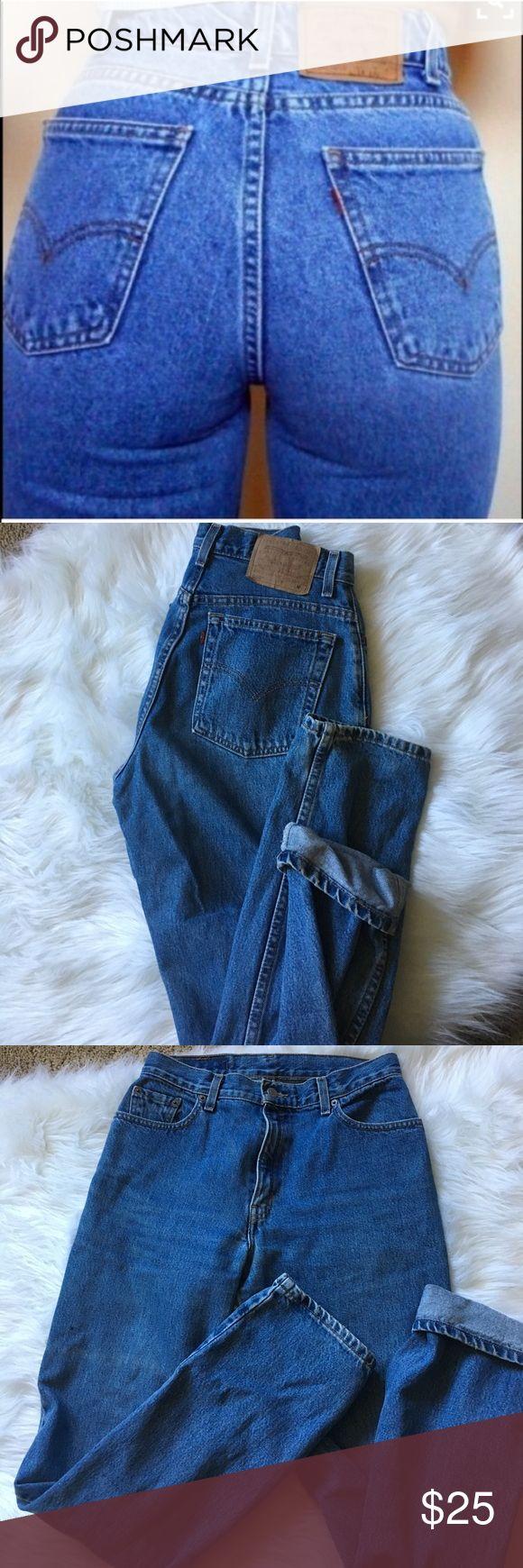 "Vintage High Waisted Levi Jeans Vintage High waisted Levi Jeans Size 4.. Measurements.. Waist- 29"", rise 12"", inseam- 29"" Levi's Jeans Boyfriend"