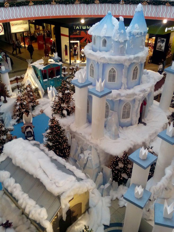 Pécs Árkád áruház 2014. Karácsony előtt
