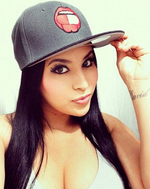 Pretty girl hat swag | Pretty Girl Hat Swag | Pinterest