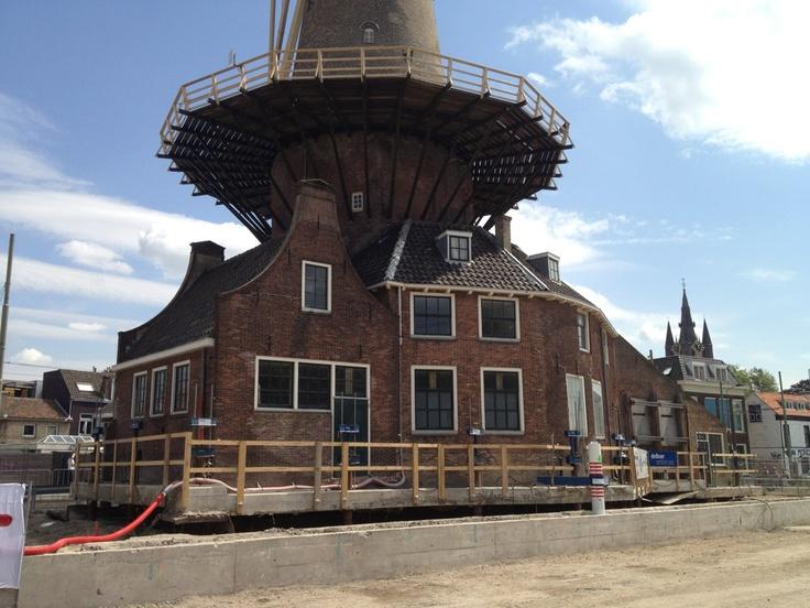 Vandaag gekeken bij het opvijzelen van Molen de Roos... Staat nu een meter hoger... pic.twitter.com/5PgIShCc