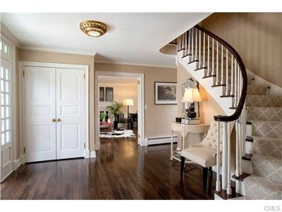 At end of desired west side cul-de-sac in New Canaan, this classic renovated Colonial includes a gorgeous renovated Chef's Kitchen with attached Family Room with fireplace, tray ceiling & French doors. If you're looking for a wonderful neighborhood close to town, look no further. Contact me for your private showing at rwalsh@wpsir.com. 86 Arrowhead Trail, New Canaan, CT 06840  http://rachelwalshhomes.com/homes-for-sale-details/86-Arrowhead-Trail-NEW-CANAAN-CT-06840/99142354/20/
