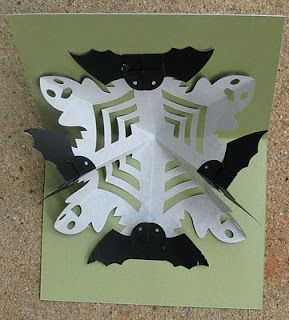 Ghost and bats Halloween pop up card by aiai.  Can be cut with Silhouette Studio.