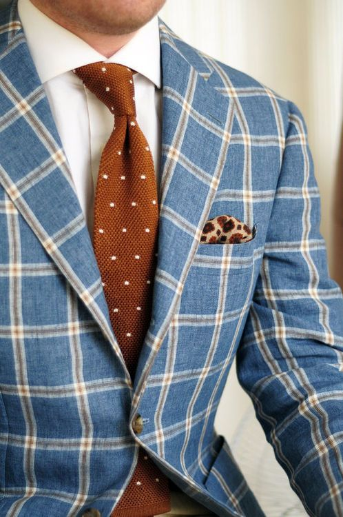 Costume à grands carreaux et cravate à pois #style #menstyle #menswear #dandy…