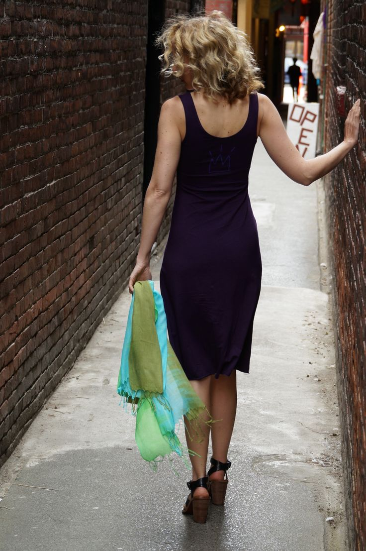 Gorgeous Plum Bamboo Dress http://squeezed.ca/shop/plum-bamboo-a-line-dress-with-diva-crown