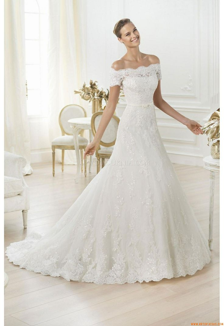 45 best Brautkleid images on Pinterest | Bridal gowns, Groom attire ...