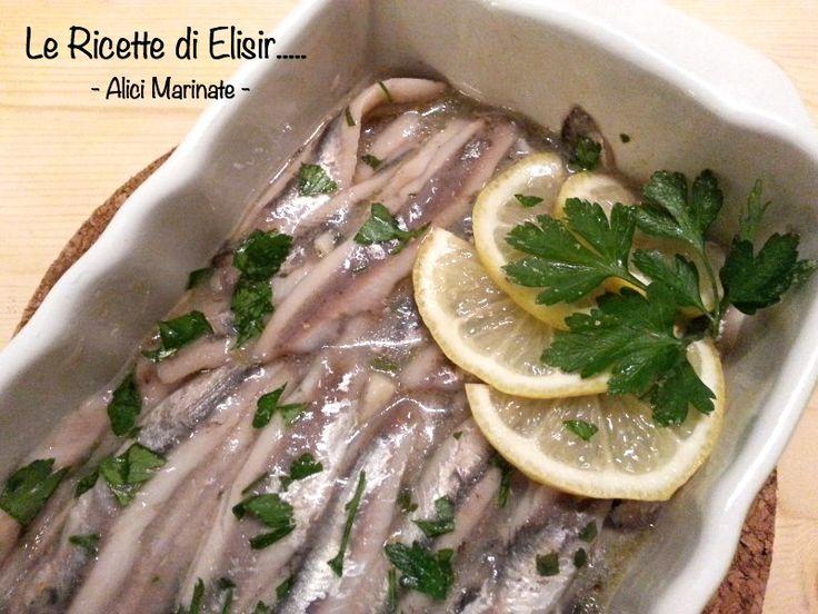 Alici marinate, una ricetta economica che piacerà a tutti, per la sua semplicità. http://blog.giallozafferano.it/ricettedielisir/alici-marinate-ricetta-economica/