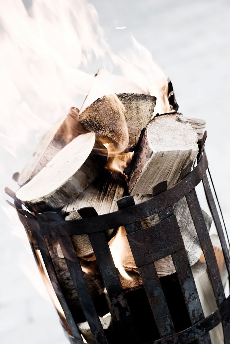 Een vuurkorf helpt goed tijdens de kou! En het geeft ook nog eens een heerlijke geur. Laat de winter maar komen.