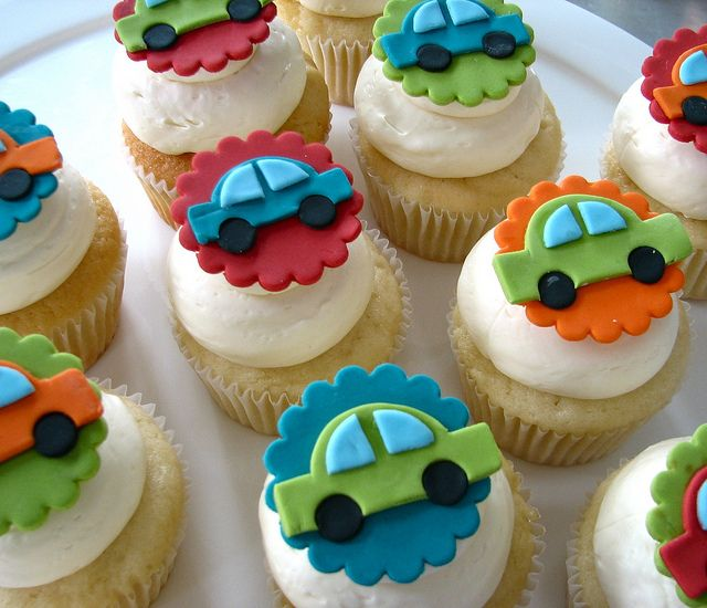 Simple but effective 2D fondant car toppers.