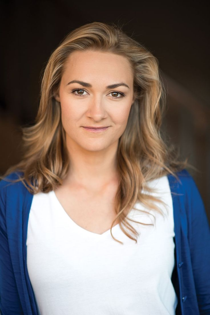 Brisbane's own Julia Billington chats with us about her recent success in gaining a key role in Australian feature film, 'The Trouble with E' and how she is finding her feet in the show business industry.