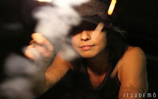 HYDE • #hyde #hidetotakarai #takarai #hydetakarai #larcenciel #vamps #ラルクアンシエル #彩虹樂團 #寶井秀人 #HYDEGIF