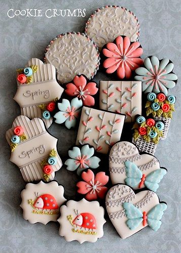 Spring Cookie Platter by Cookie Crumbs Repinned By:#TheCookieCutterCompany