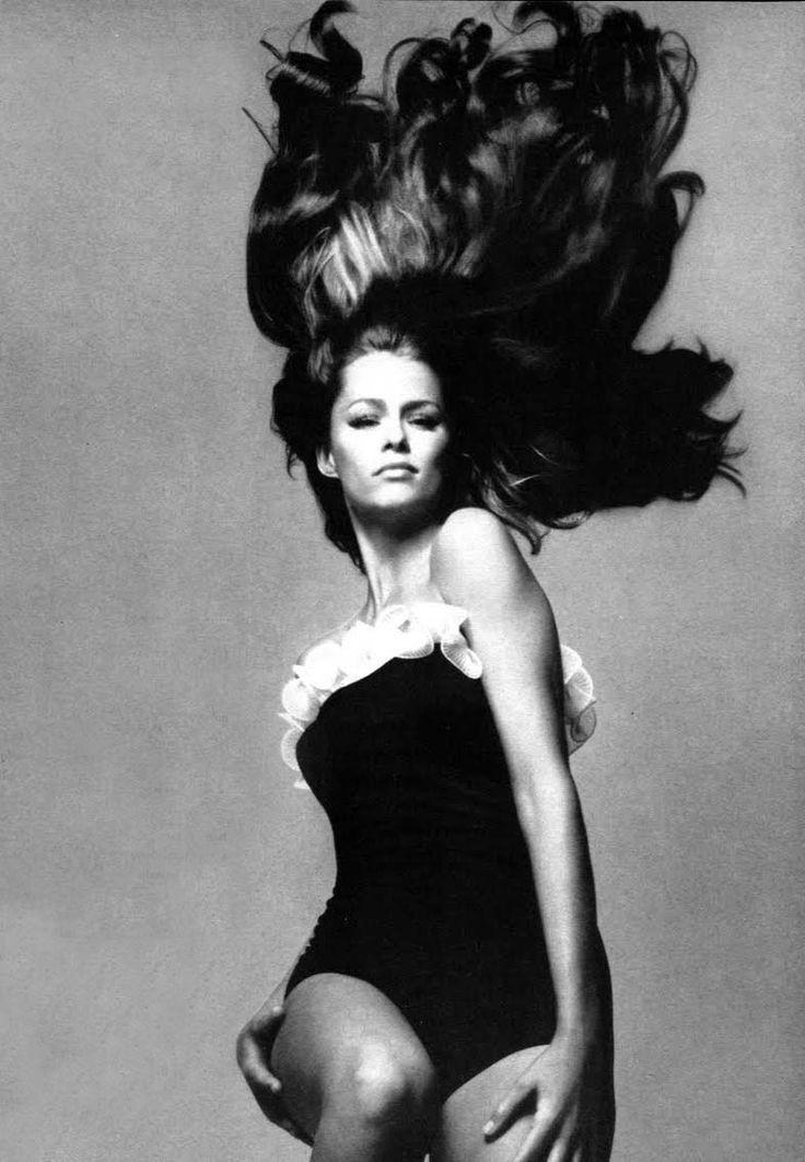 Lauren Hutton by Richard Avedon, 1968. Strongly suspect Ara Gallant did her hair...
