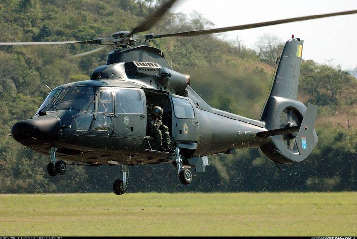 HM-1 Pantera Sobre la base de la AA AS565, fabricado por la filial de Airbus helicópteros Helibras para el Ejército de Brasil